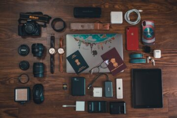 Top 5 Essentials When Travelling